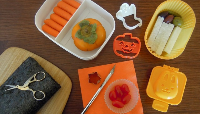 Optional tools include an Exacto knife, cookie cutters, egg mold and containers. Photo: Anna Mindess