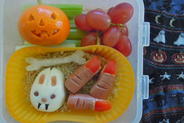 Vampire egg bunny and sausage fingers with red pepper nails. Photo + Bento: Anna Mindess